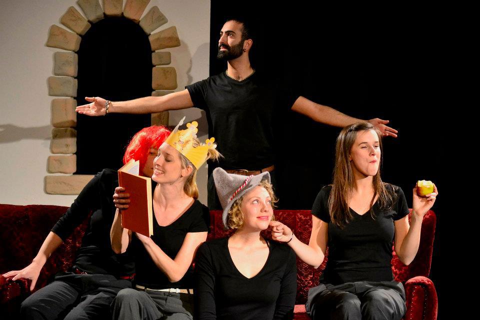 B.orderland- frisch gestrichen UA 2011/ Regie 2011- Theaterfilm